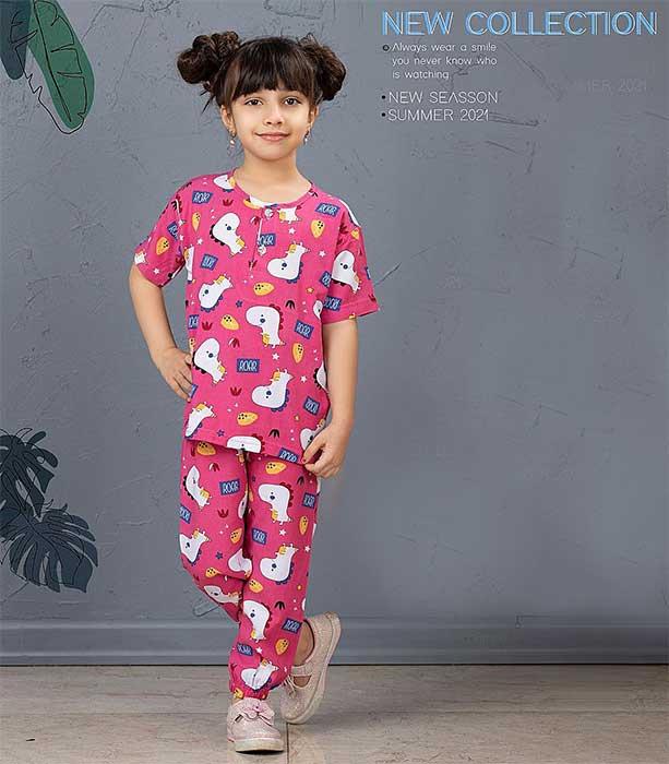 عکس مدل بلوز شلوار راحتی دخترانه بچه گانه طرح دایناسور کد 2201